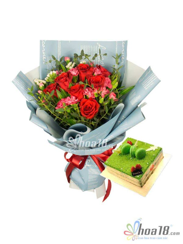 hoa và bánh sinh nhật